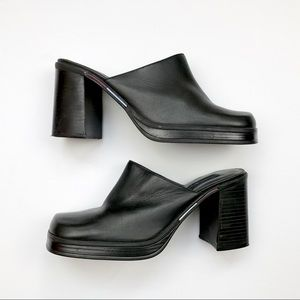 Vintage 90s Tommy Hilfiger Chunky Mules